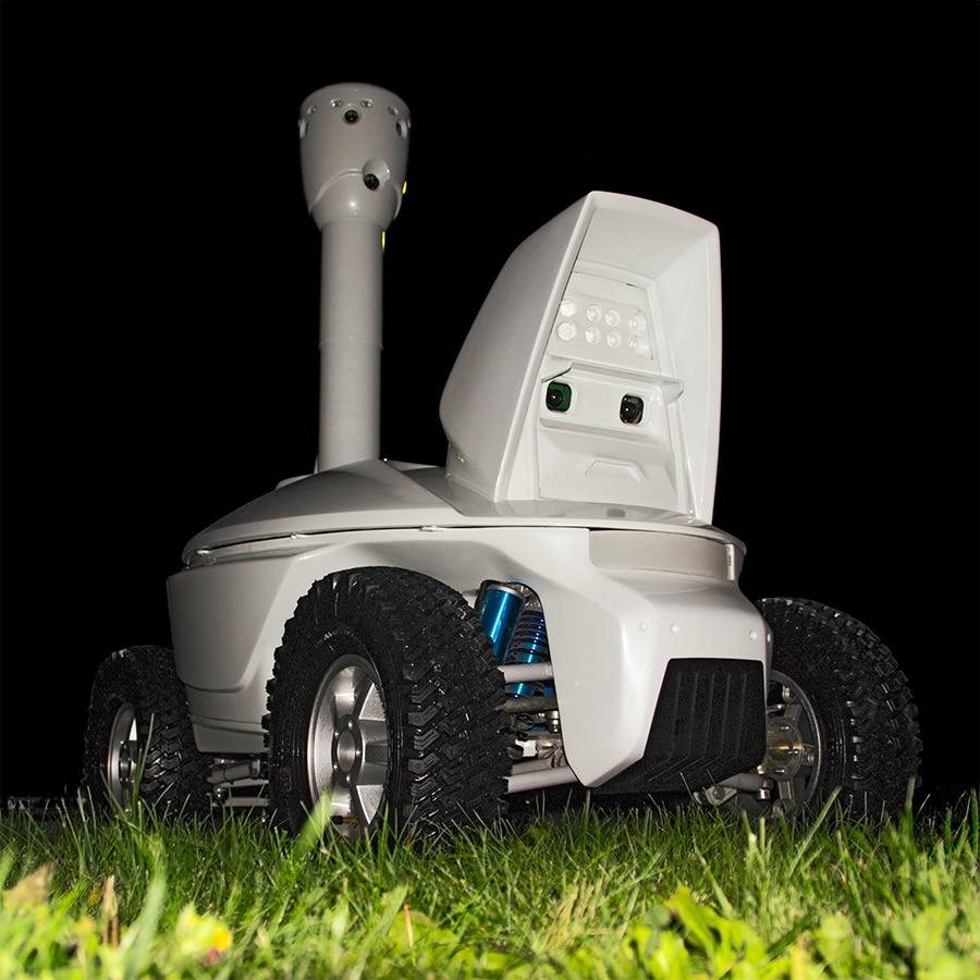 Day-night patrolling robot