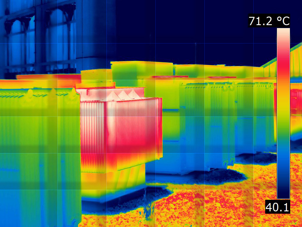 Thermal image made after scanning with the thermographic camera