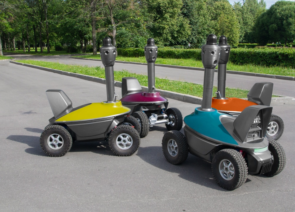unmanned security robots
