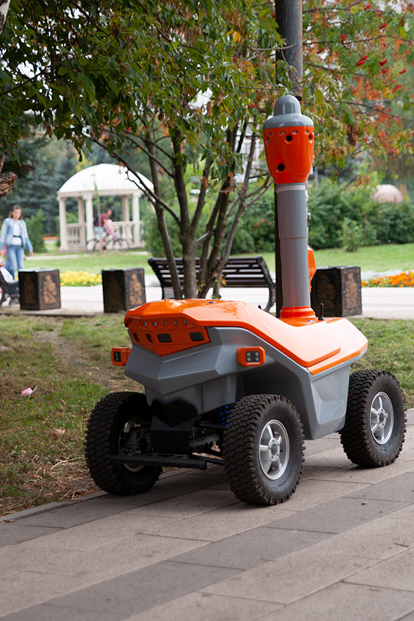 AI patrol robot for sidewalks