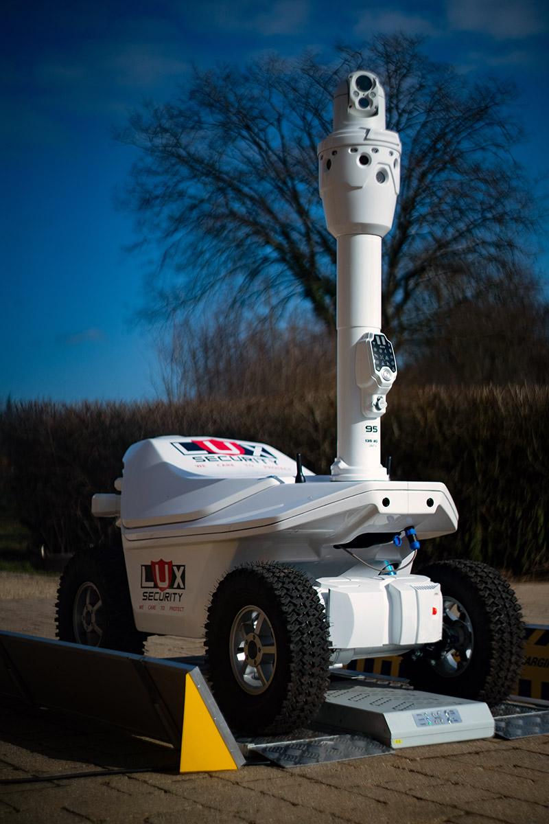 Zero emission mobility robot